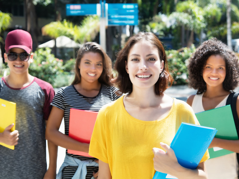 Almanya Da Universite Ucretleri Almanyada Yasam Fiyatlari